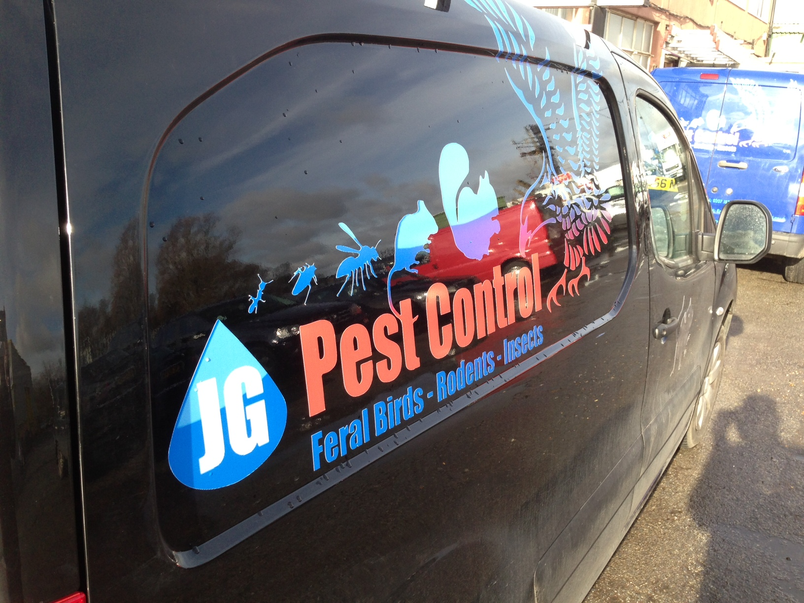 emergency pest control van